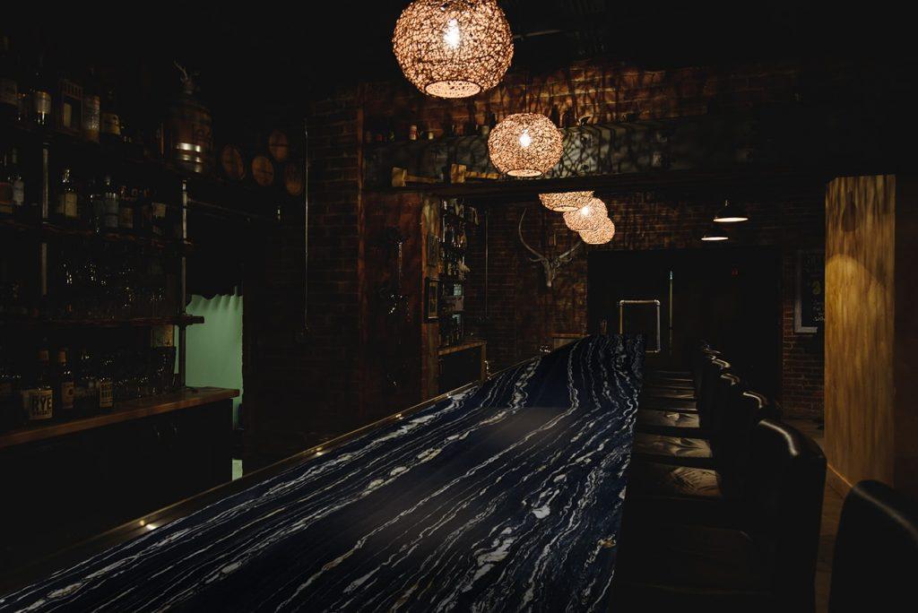 Bar-Belvedere-Veined-min