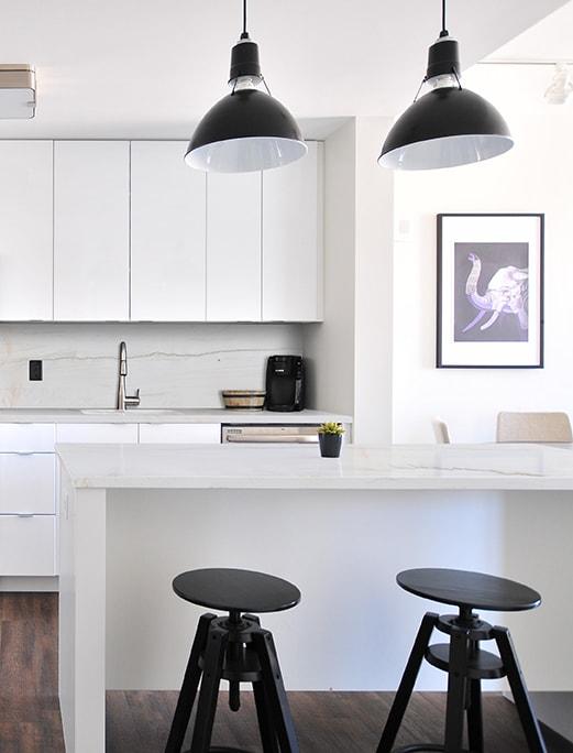 Bianco-Macaubas-Kitchen-min