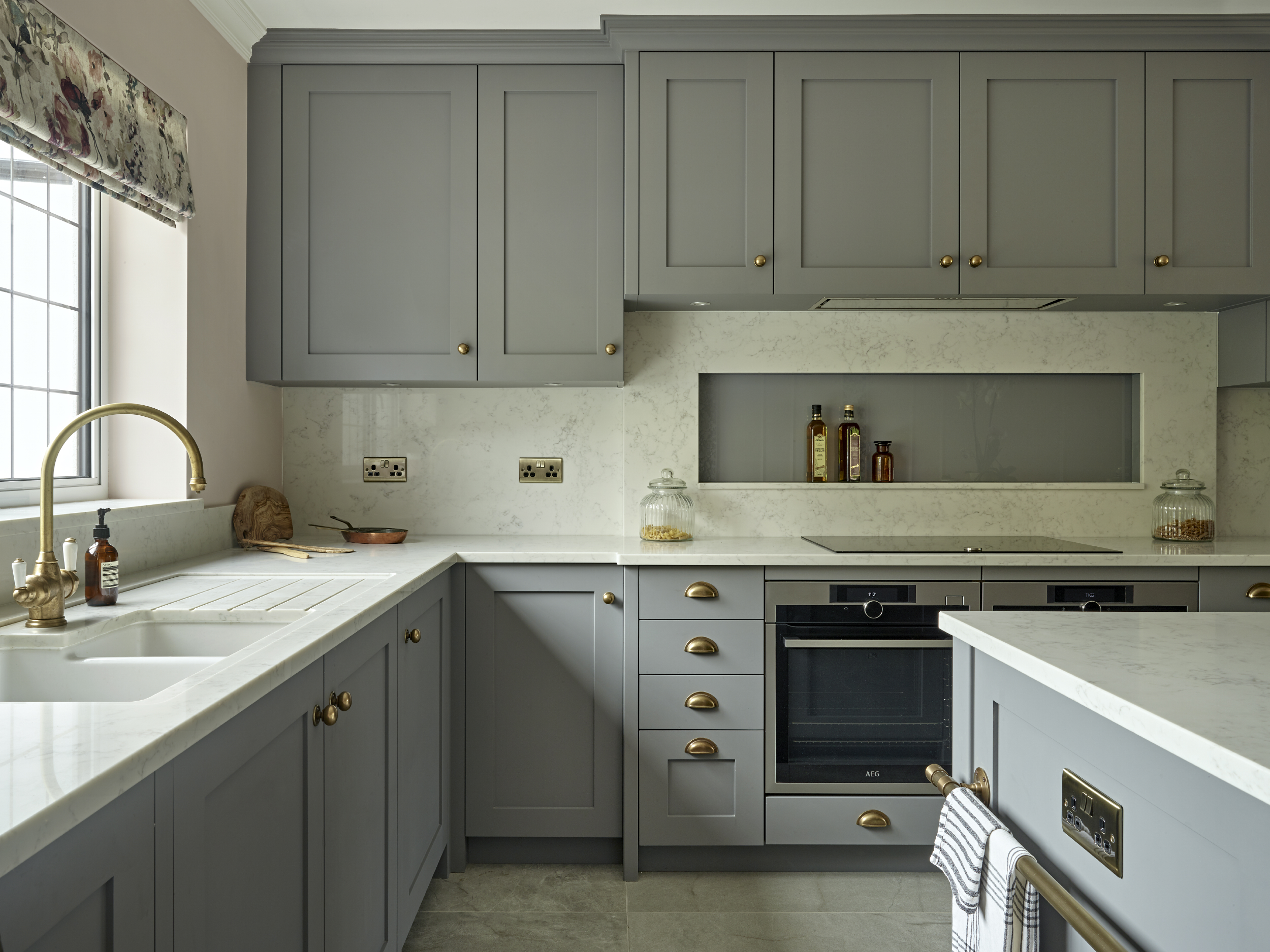 Choosing the Right Countertop to Match Your Kitchen Cabinets by Brayer Design