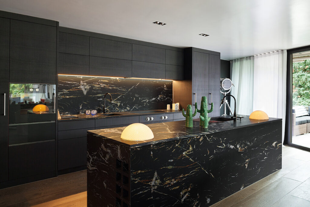 Belvedere Polished Kitchen