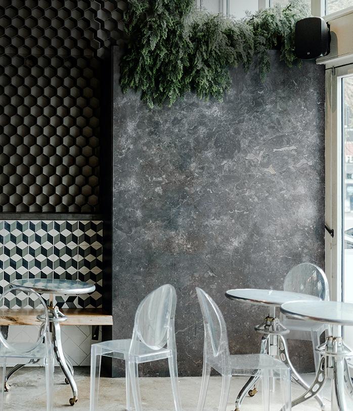 Grigio Billiemi Restaurant Wall