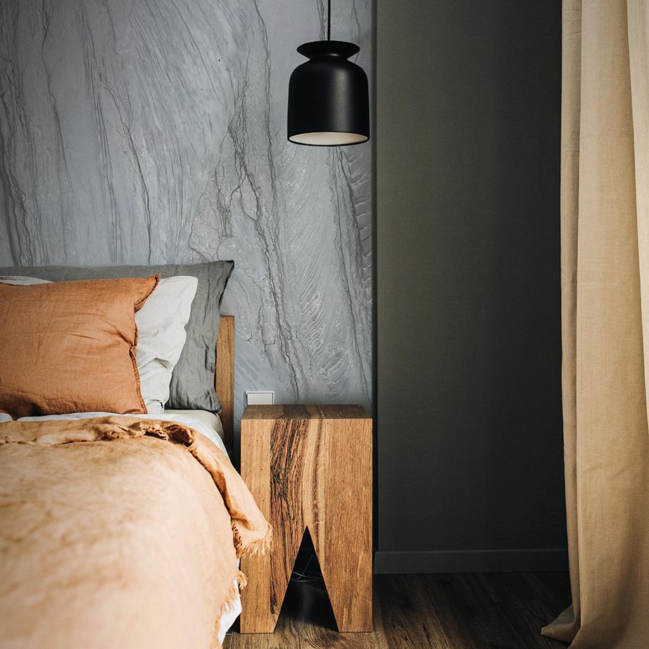Platinum Macaubus Bedroom